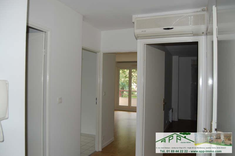Location appartement Vigneux sur seine 854€ CC - Photo 6