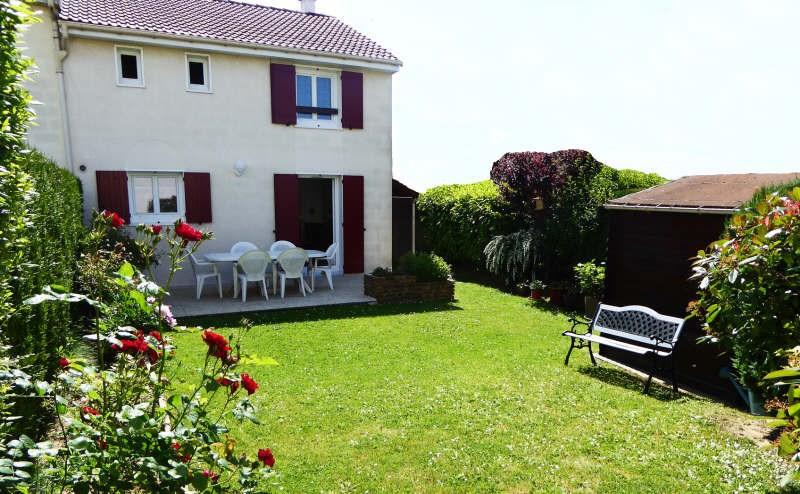 Vente maison / villa Maurepas 325500€ - Photo 2