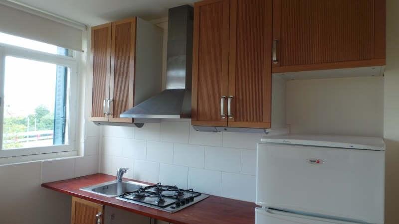 Rental apartment Asnieres sur seine 951€ CC - Picture 3