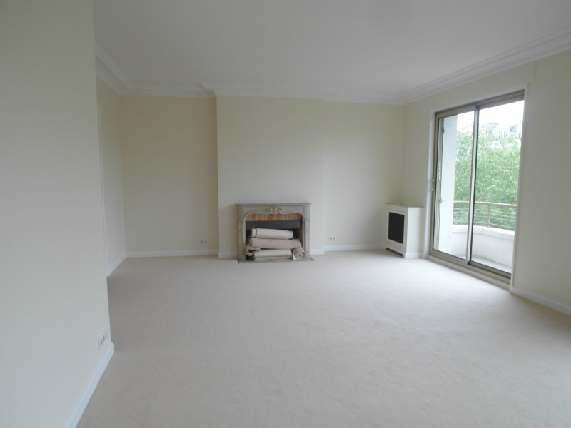 Rental apartment Neuilly 4 675€ CC - Picture 2