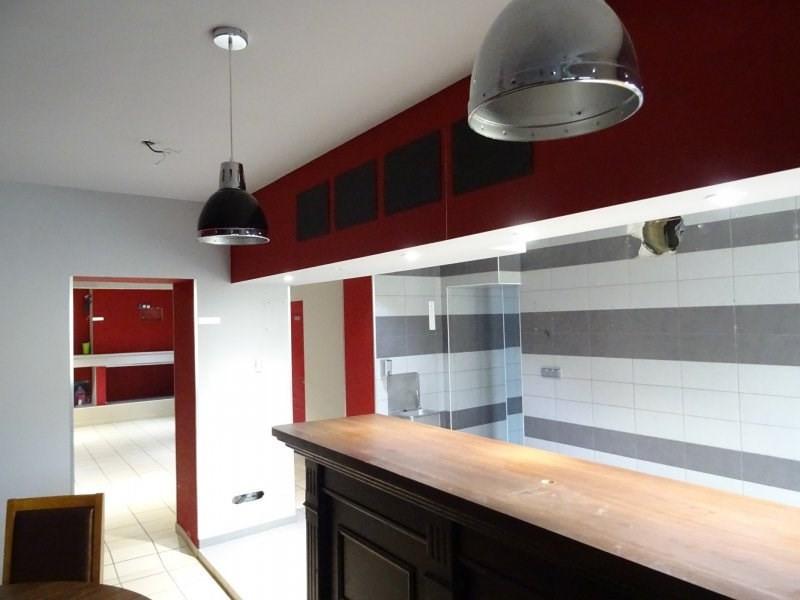 Sale house / villa Paillet 210000€ - Picture 2