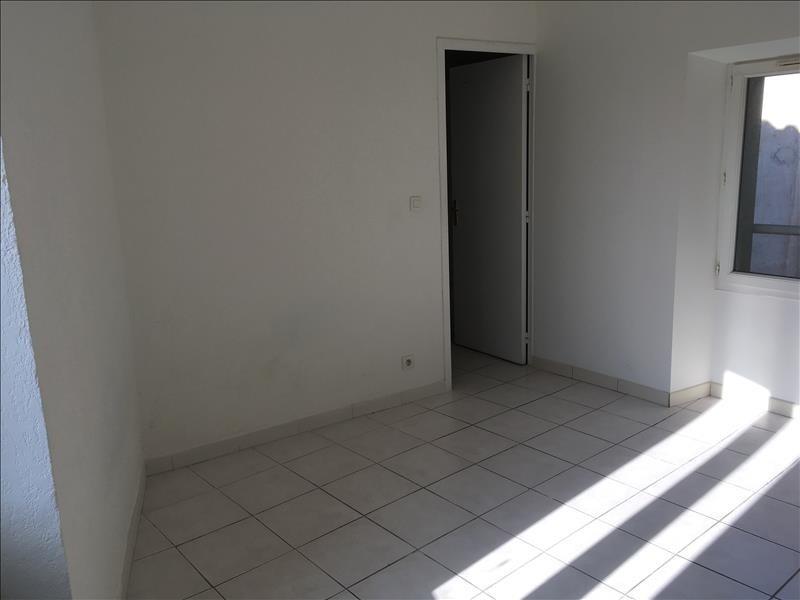 Rental apartment Pelissanne 495€ CC - Picture 3