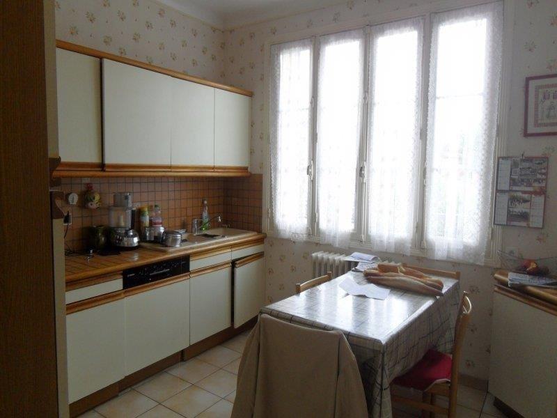 Rental house / villa Pont sainte marie 950€ CC - Picture 5