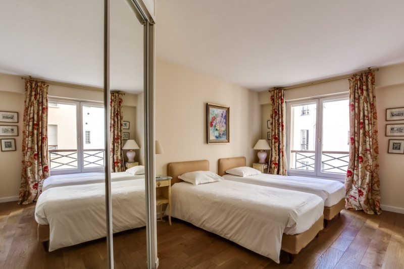 Deluxe sale apartment Paris 8ème 1 260 000€ - Picture 7