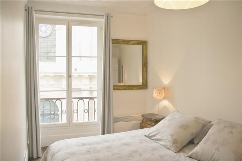 Location appartement Paris 1er 2 067€ CC - Photo 5