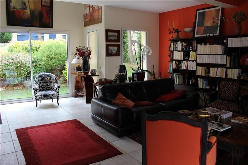 Sale house / villa Marly le roi 990000€ - Picture 3