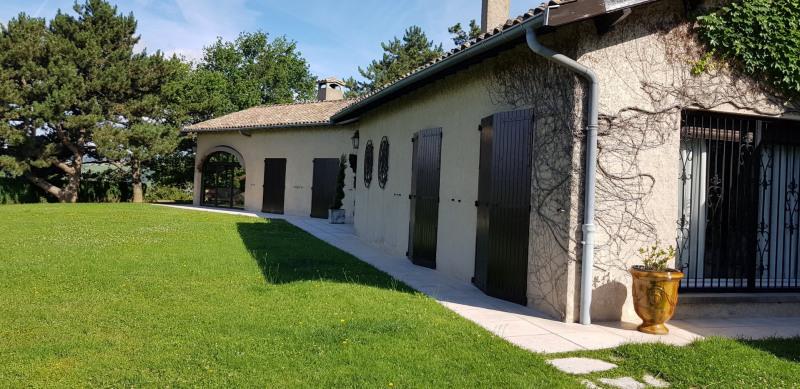Sale house / villa Reventin vaugris 520000€ - Picture 3