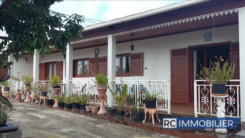 Sale house / villa Sainte-suzanne 250 000€ - Picture 1