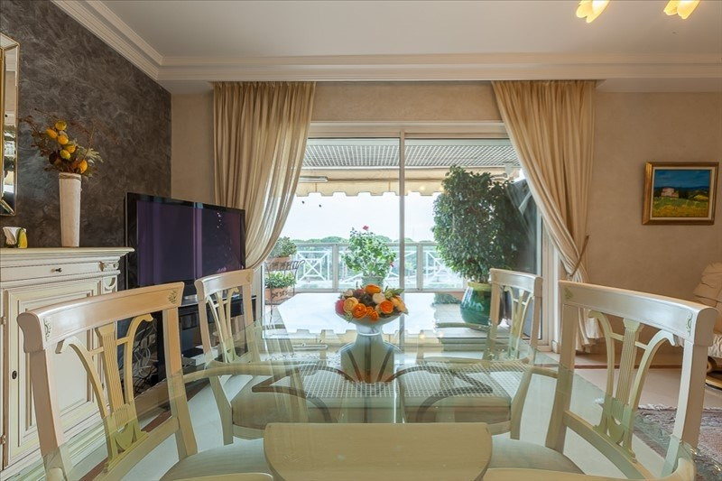 Deluxe sale apartment Le golfe juan 550000€ - Picture 10