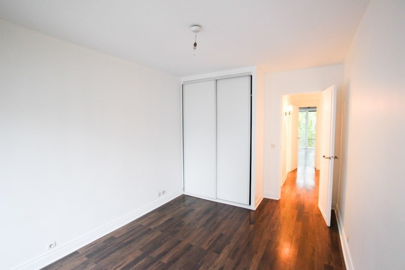 Location appartement Paris 16ème 2 350€ CC - Photo 6