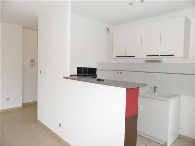 Location appartement Le cres 654€ CC - Photo 3