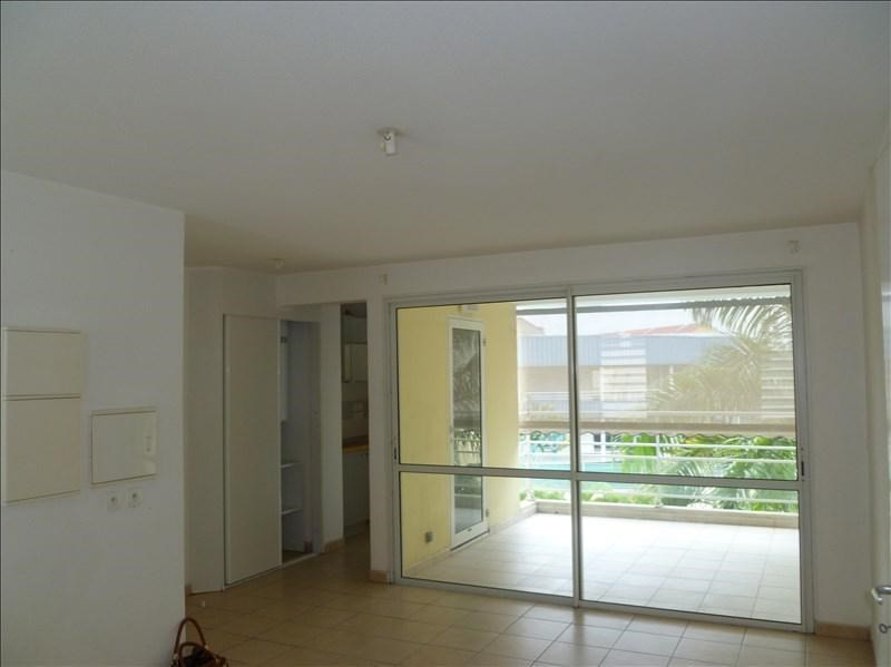Investment property apartment Baie mahault 129 000€ - Picture 4