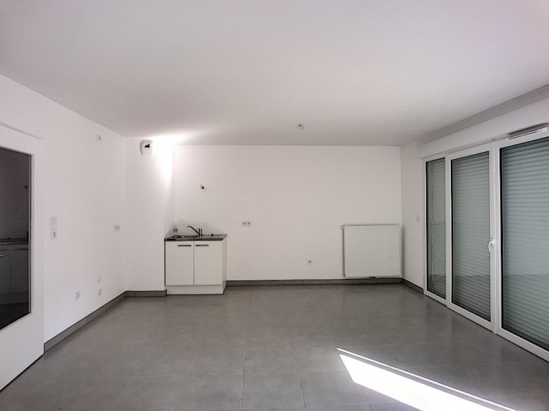 Rental house / villa Avignon 830€ CC - Picture 2