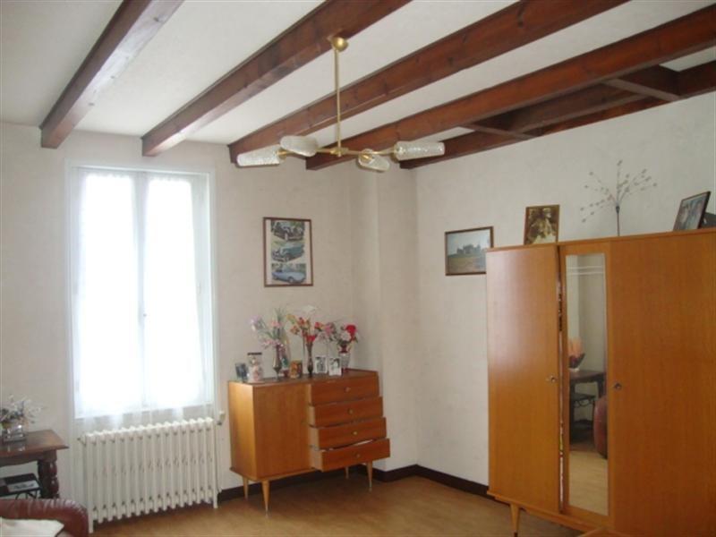 Vente maison / villa Saint jean d'angély 69750€ - Photo 4