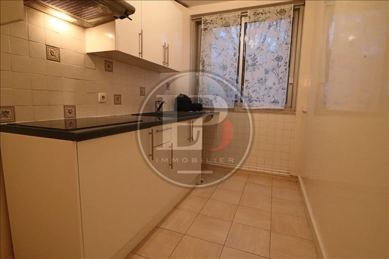 Rental apartment Marly le roi 985€ CC - Picture 5