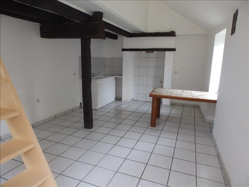Location appartement Moulins 380€ CC - Photo 2