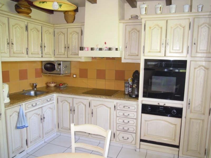 Sale house / villa St palais 270000€ - Picture 6