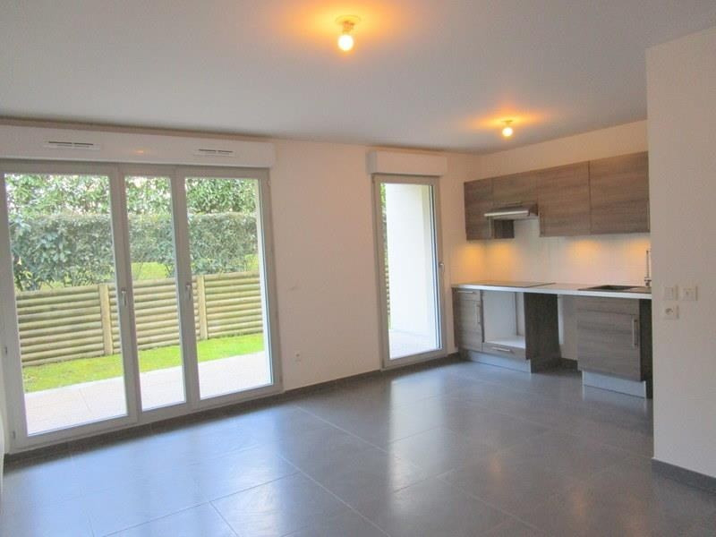 Location appartement Le port marly 930€ CC - Photo 2