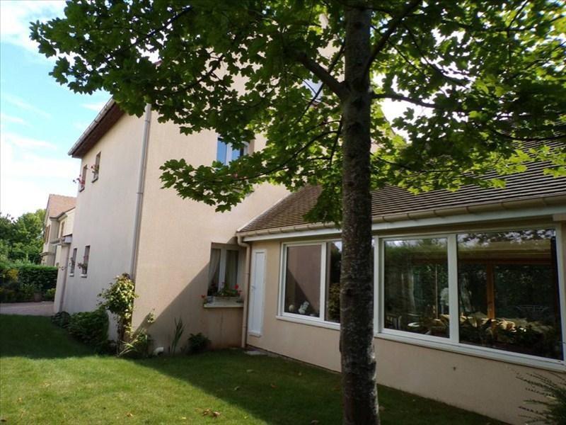 Location maison / villa Montigny le bretonneux 2450€ CC - Photo 1