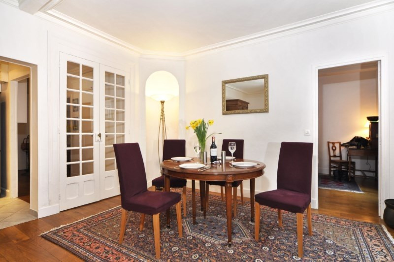 Location appartement Paris 8ème 2 190€ CC - Photo 5