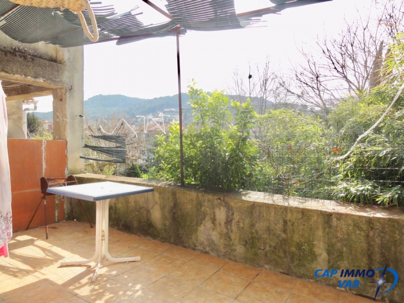 Vente appartement Le beausset 137 000€ - Photo 1