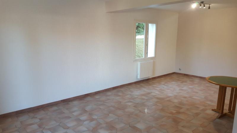 Location maison / villa Mussidan 650€ CC - Photo 3