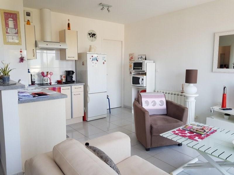 Sale apartment Chateau d olonne 149700€ - Picture 2