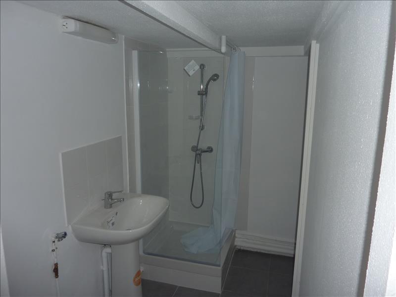 Rental apartment Marseille 6ème 410€ CC - Picture 2