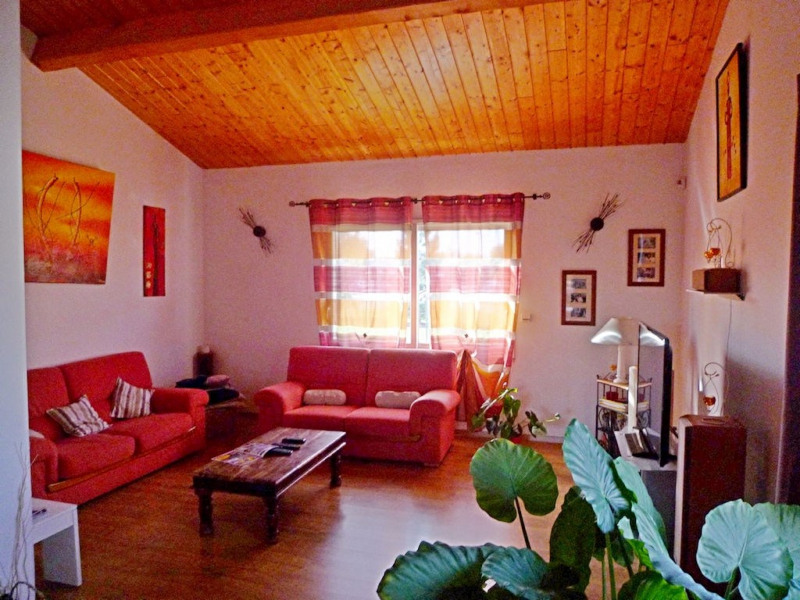 Sale house / villa Foulayronnes 300000€ - Picture 5