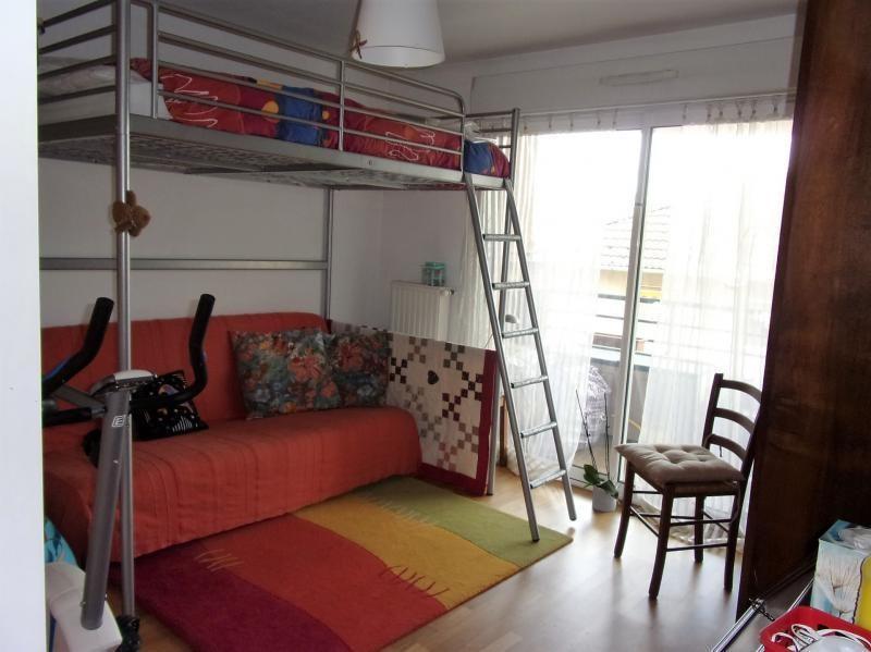 Investment property apartment La tour du pin 136500€ - Picture 5