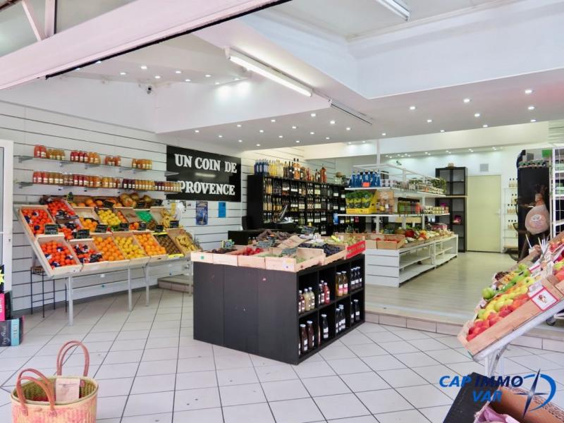 Investment property shop Saint-cyr-sur-mer 299000€ - Picture 1