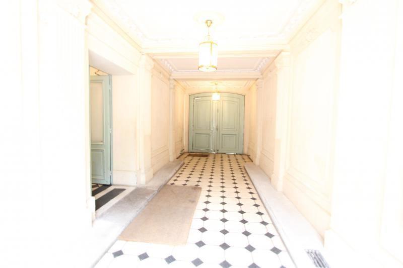 Location maison / villa Paris 17ème 5375€ CC - Photo 6