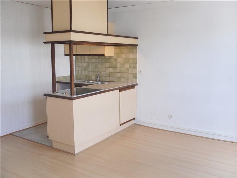 Rental apartment Quimperle 346€ CC - Picture 1