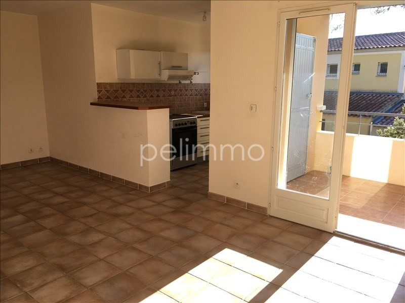 Rental apartment Lambesc 707€ CC - Picture 3