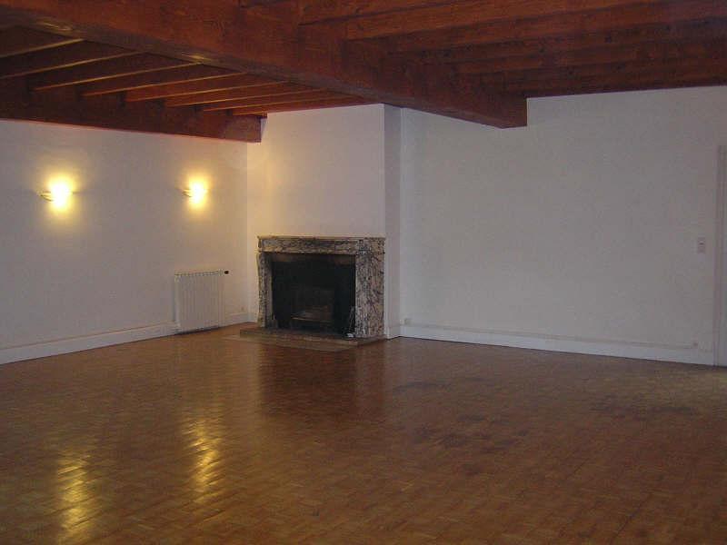 Sale house / villa 10 min est angouleme 310300€ - Picture 2