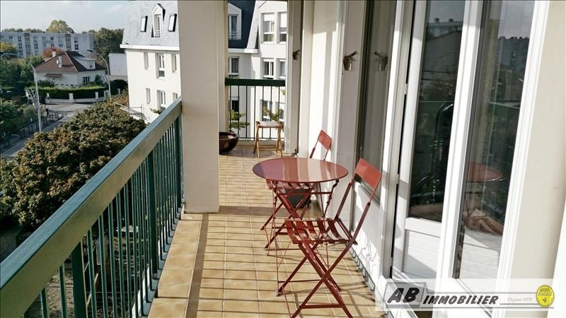 Sale apartment Poissy 179 000€ - Picture 2