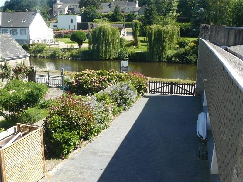 Sale house / villa Josselin 247500€ - Picture 1
