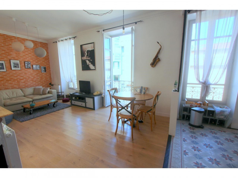 Vente appartement Nice 350000€ - Photo 2