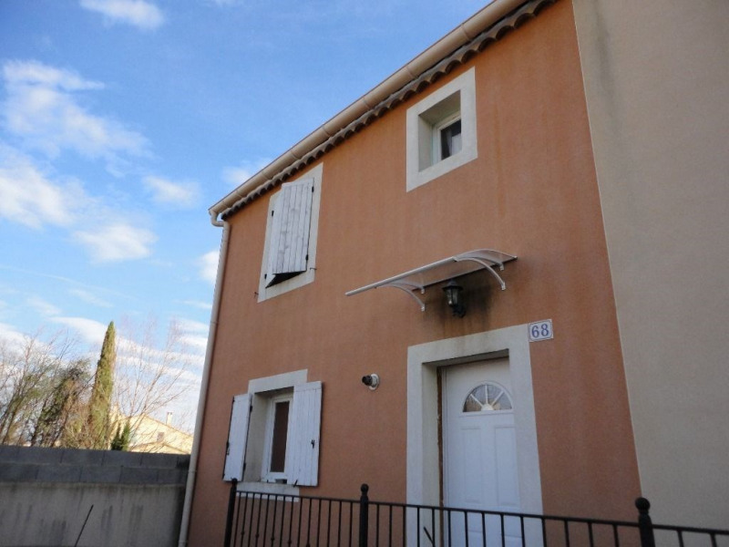 Rental house / villa Althen des paluds 835€ CC - Picture 1