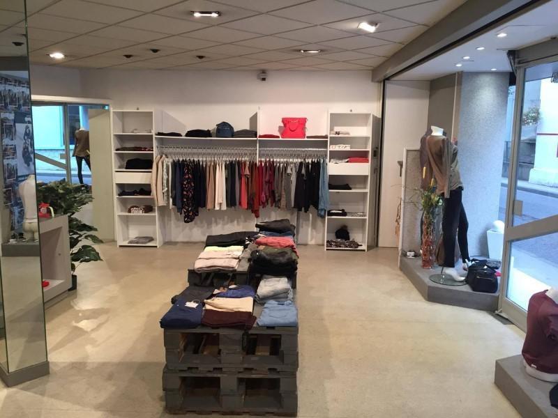 Commercial property sale shop Amplepuis 24500€ - Picture 2