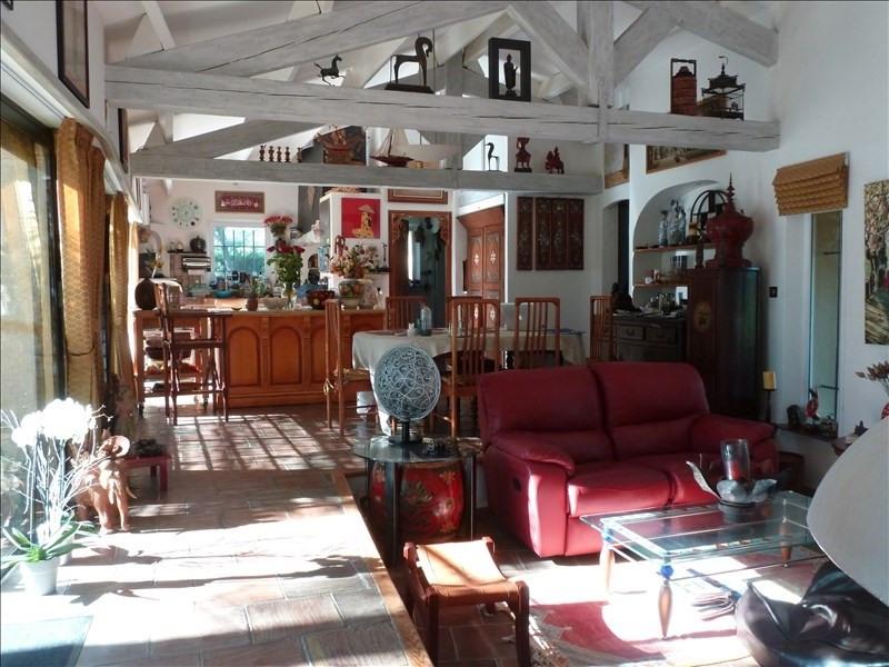 Deluxe sale house / villa Rousset 749000€ - Picture 13