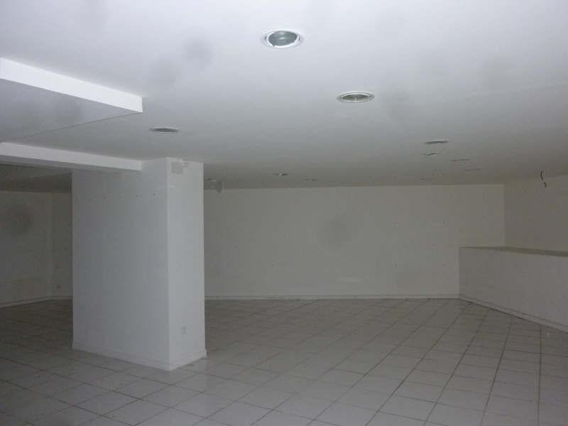 Location local commercial Le chesnay 3 250€ +CH - Photo 3