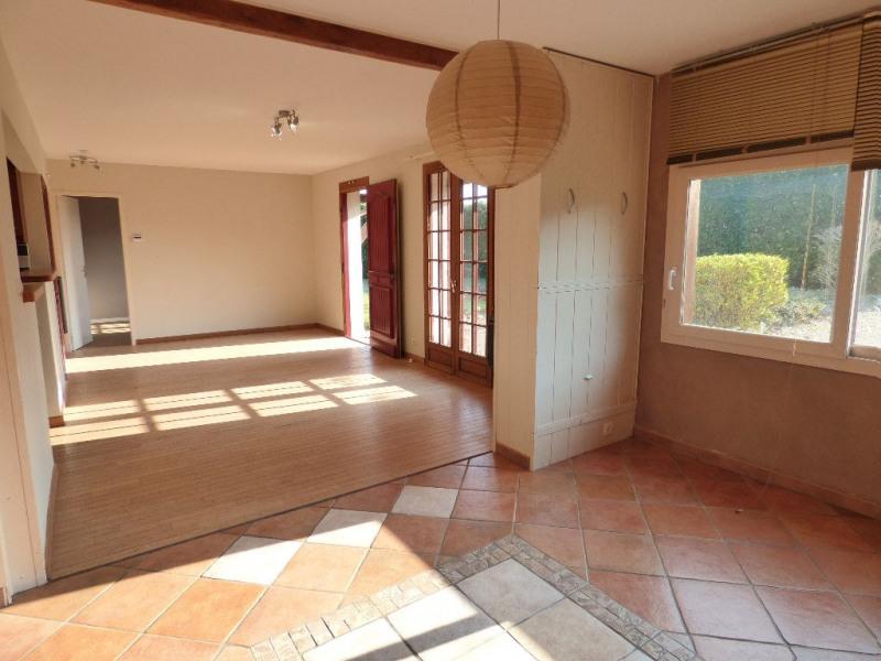 Sale house / villa Pont-saint-pierre 165000€ - Picture 2