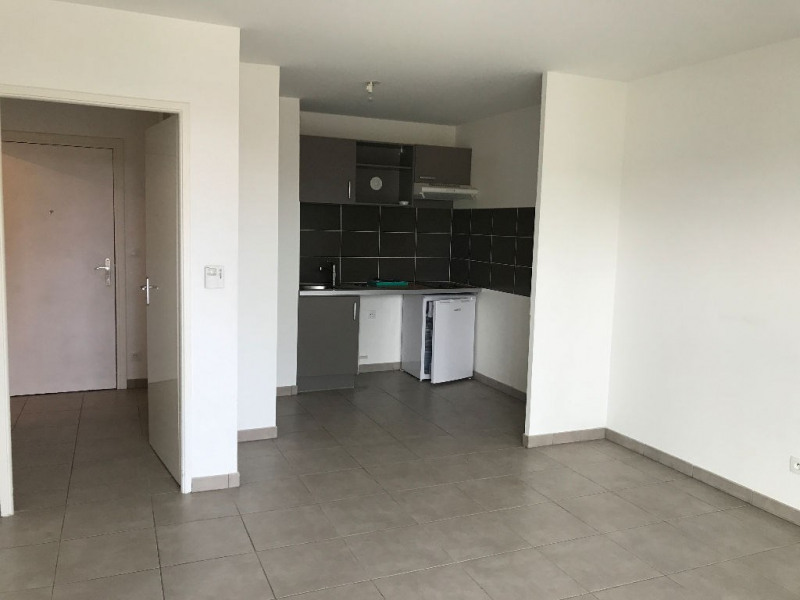 Rental apartment Blagnac 616€ CC - Picture 1