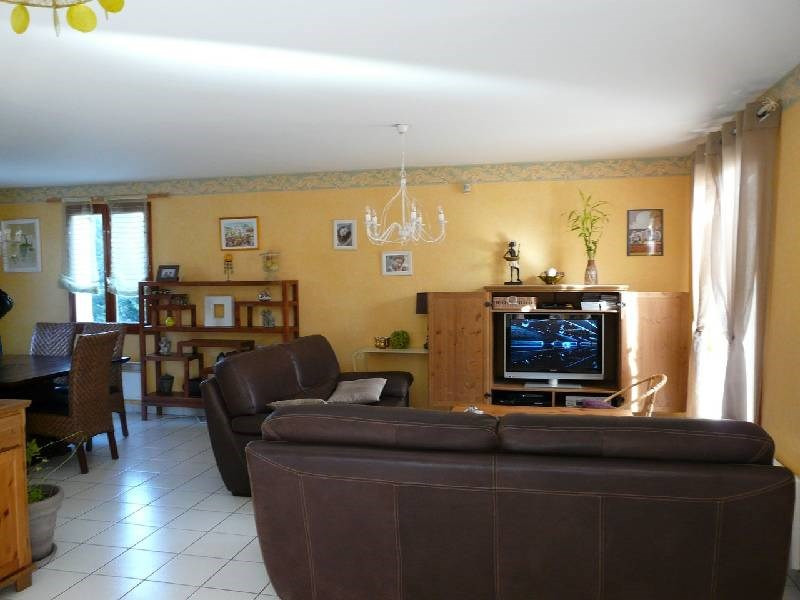 Rental house / villa Charly 1250€ CC - Picture 3
