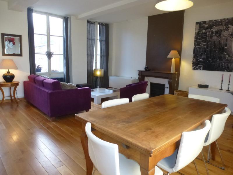 Rental apartment Fontainebleau 1700€ CC - Picture 1