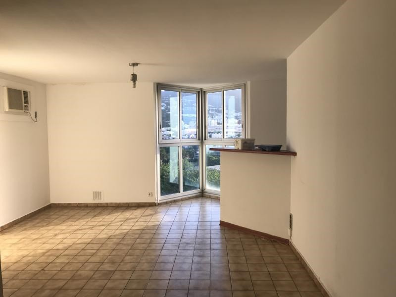 Rental apartment Saint denis 650€ CC - Picture 2