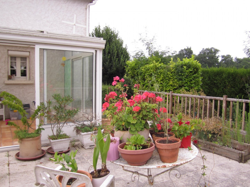 Sale house / villa Barbezieux saint- hilaire 126 000€ - Picture 2