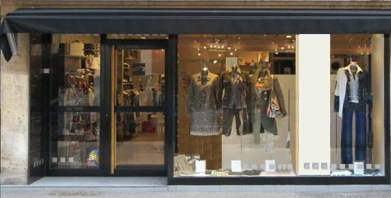 vente fonds de commerce boutique hyeres 39 m 159 000 euros agence romand. Black Bedroom Furniture Sets. Home Design Ideas