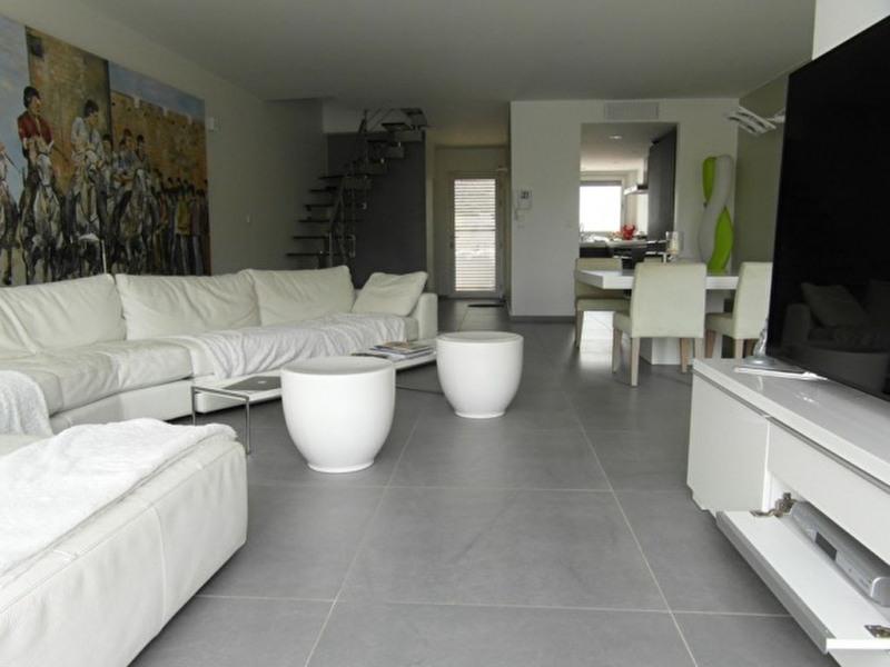 Deluxe sale house / villa Port camargue 1250000€ - Picture 2